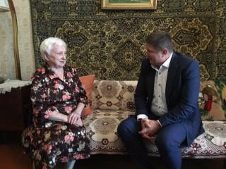 Песня длинною в жизнь. 90-летнюю ингульчанку поздравили с юбилеем