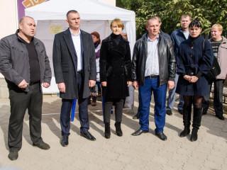Кандидаты от «Батьківщини» встретились с избирателями микрорайона 5-й Заречный