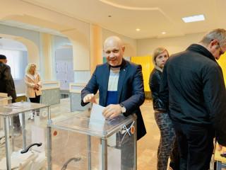Александр Рябека проголосовал за процветающую Украину