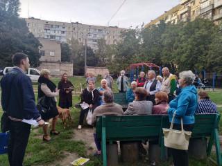 Кандидаты в депутаты встречаются с жителями каждого района города