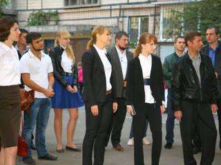 Кандидат на пост мэра Кривого Рога Ольга Бабенко встретилась с жителями дома № 48а по улице Димитрова