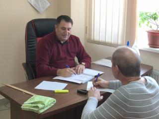 Новые и старые проблемы жителей на приеме Фаига Алиева