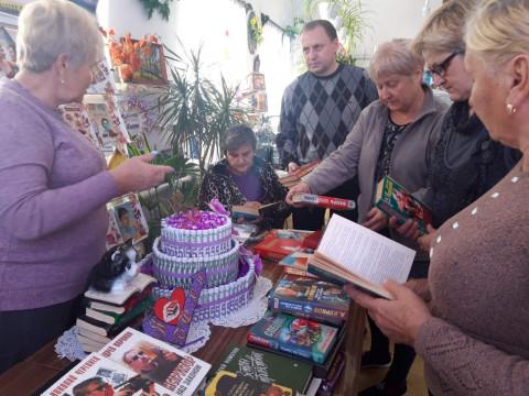 Дорогу – чтению! Библиотечный фонд Рахмановки пополнился новыми книгами