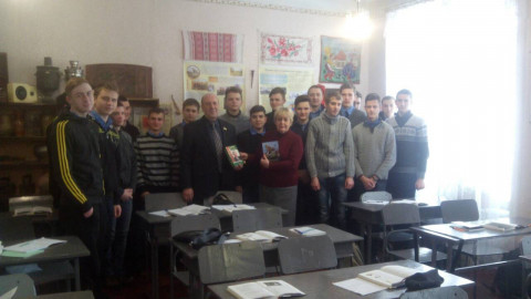 Представители «ЗА РIДНЕ МIСТО» поздравили студентов с их праздником