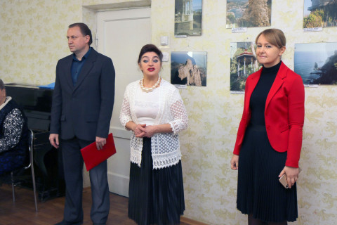 В предвкушении праздника. Ольга Бабенко поздравила коллектив давних друзей