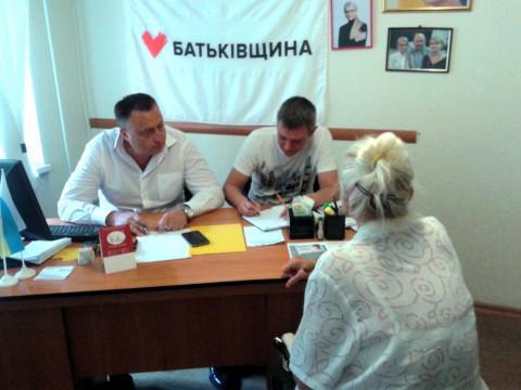 Уменьшить пенсию в два раза, и другие проблемы жителей Металлургического района – на приёме депутата Черствого.