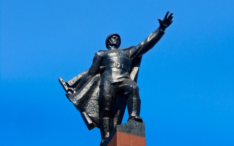 Сьогодні Кривий Ріг святкує 77 річницю визволення від нацистських загарбників