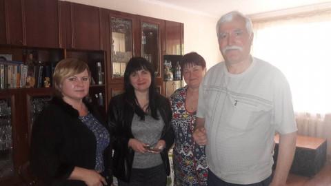 Депутат Саксаганского райсовета с помощниками посетили участника ликвидации