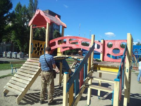Оновлена майданчик на Даманском чекає маленьких відвідувачів