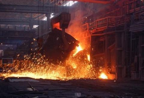 Сегодня свой профессиональный праздник отмечают люди сложных и опасных, но таких уважаемых профессий – металлурги и горняки