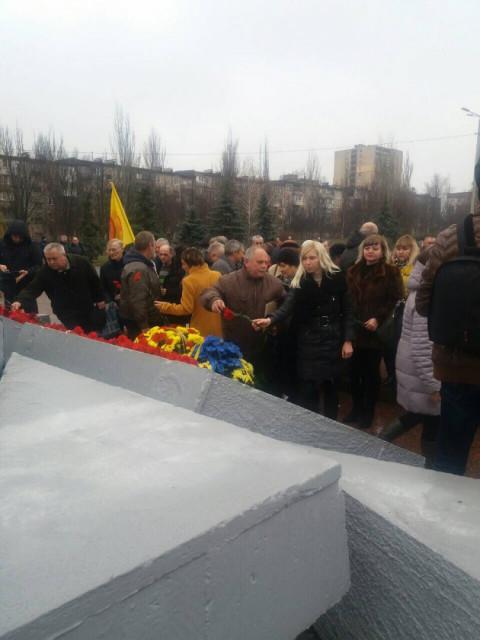 Депутаты «ЗА РІДНЕ МІСТО» почтили память ликвидаторов последствий аварии на Чернобыльской АЭС