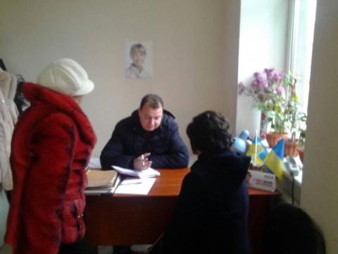 Жители Ингульца получили помощь в решении множества сложных вопросов